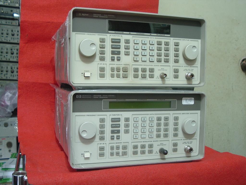 划分为正弦波信号发生器